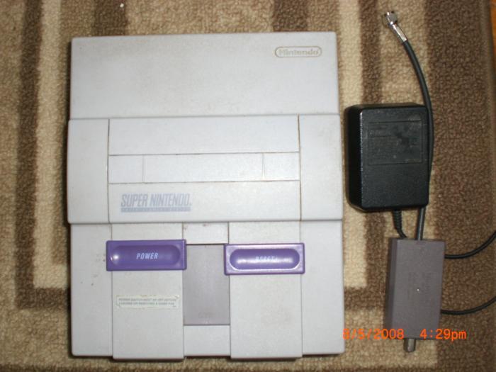 Super Nintendo Entertainment System w/ Power+RCA Supply