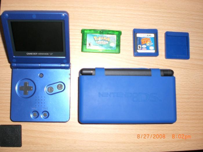 Gameboy Advance SP, Nintendo DS, Pokemon Emerald, Chicken Little, Empty Nintendo DS Game Cover
