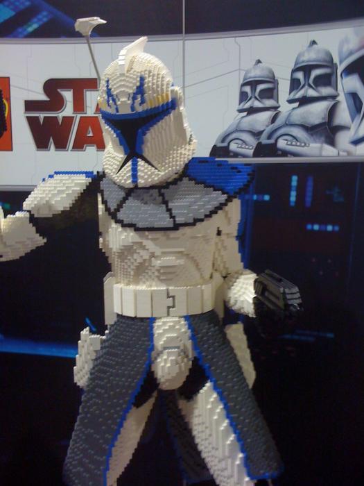 Comic Con 09 lego life size