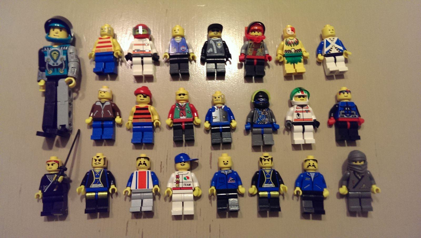 Lego Lot Mini Figures 6/17