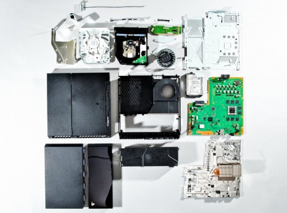 PS4 teardown 02 590x438